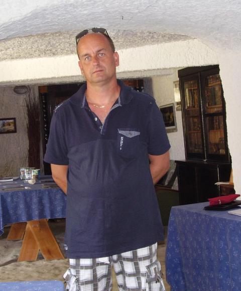 Laci, 46 éves társkereső, Gödöllő (2844793)