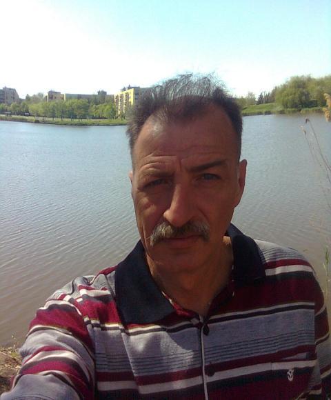 János, 54 éves társkereső, Gyula (2848329)