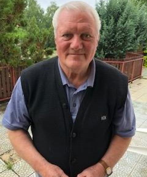 József, 78 éves társkereső, Veresegyház (2866412)